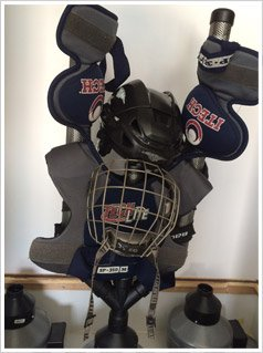 hockey equipment cleaning Toronto